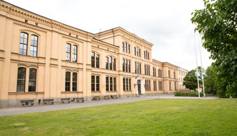 Arcona bygger om och till Katedralskolan i centrala Uppsala