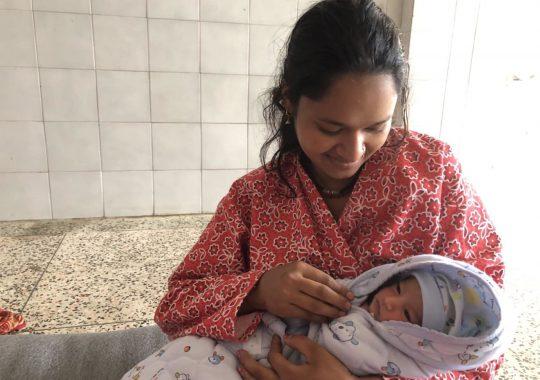 Coronarestriktionerna i Nepal har lett till kraftigt ökad barnadödlighet