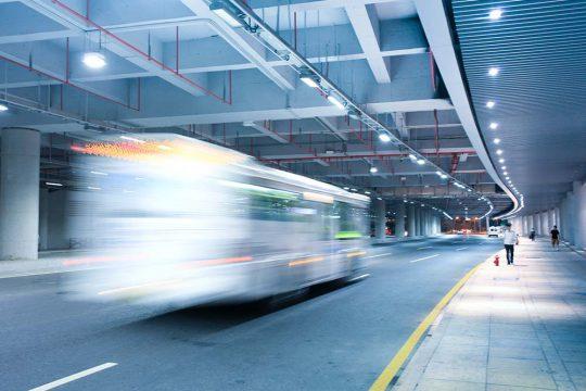 Beslut om barriärskydd för vissa bussar