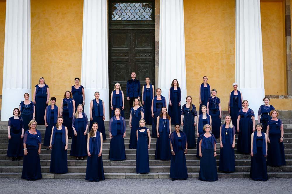 La Cappella hyllar återgången till livet